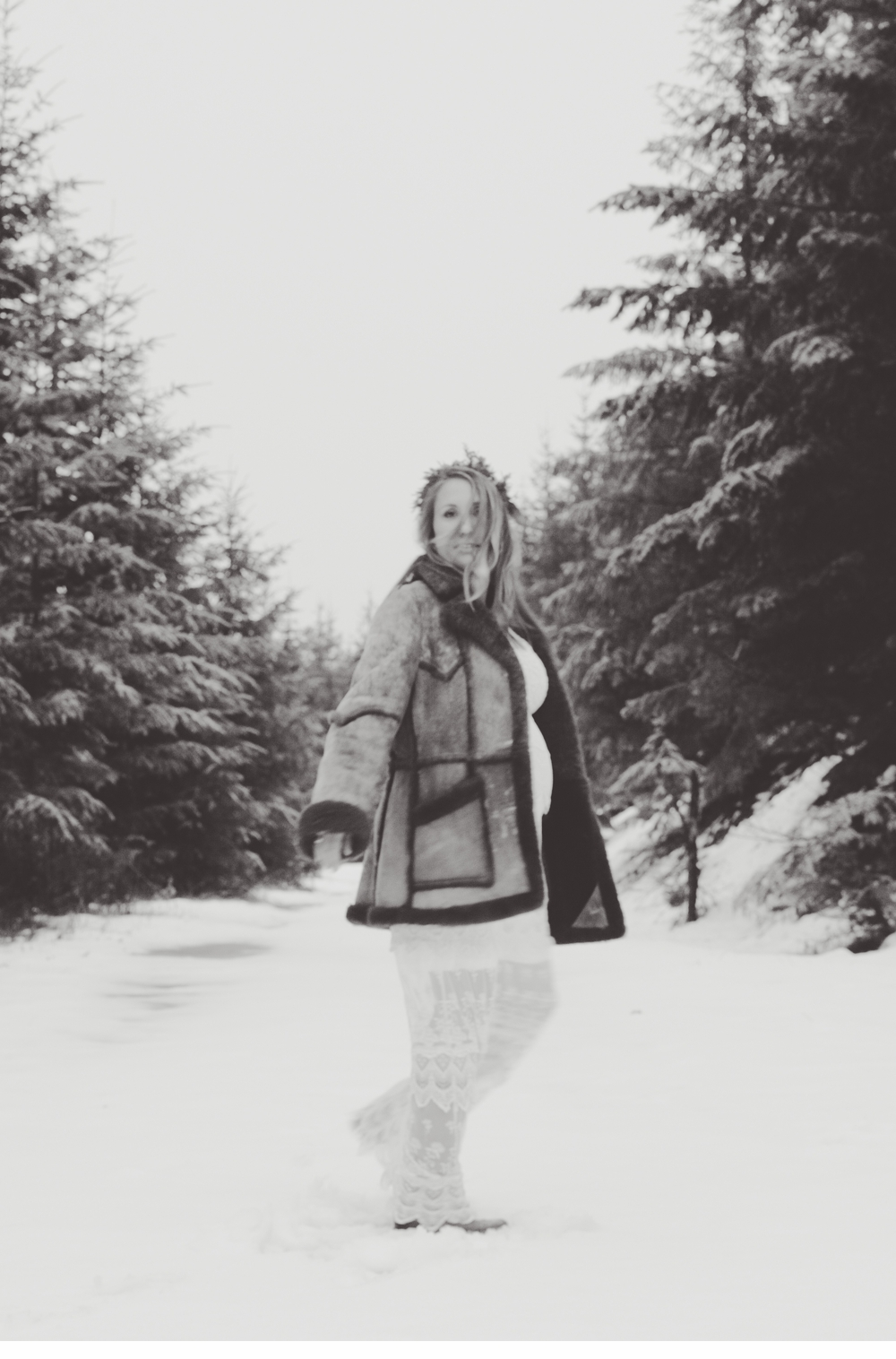 Seattle_ Adventure_Snow_Maternity_Photographer 9.jpg