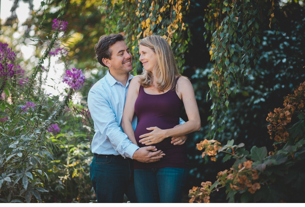 Seattle_Maternity_lifestyle_portrait_session_Seward_Park 1.jpg