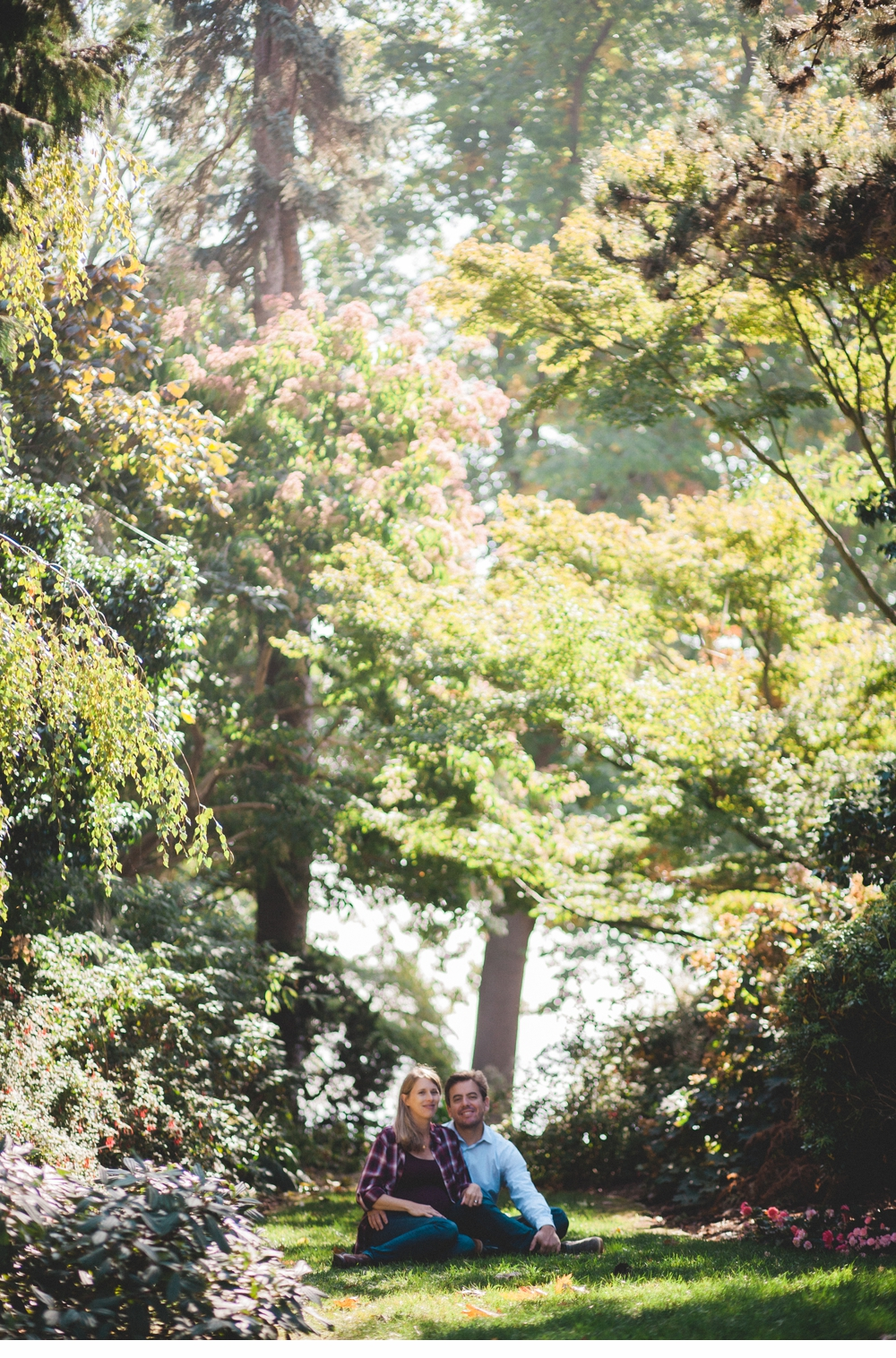 Seattle_Maternity_lifestyle_portrait_session_Seward_Park 11.jpg