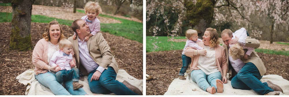 spring_Family_Lifestyle_Portrait_Session_Seattle_Arboretum_cherry_blossoms 23.jpg