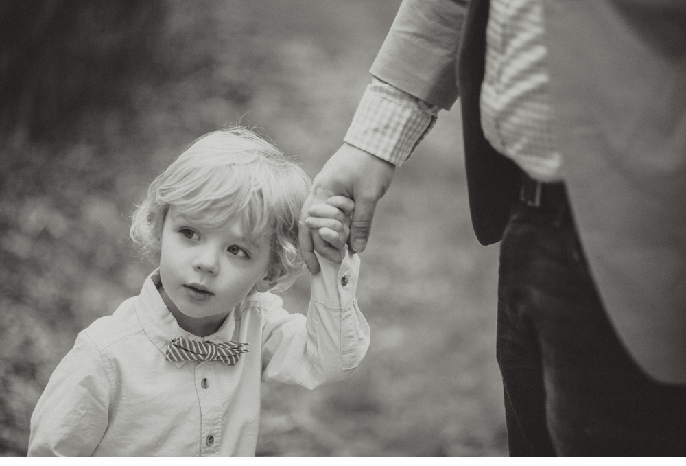 spring_Family_Lifestyle_Portrait_Session_Seattle_Arboretum_cherry_blossoms 37.jpg