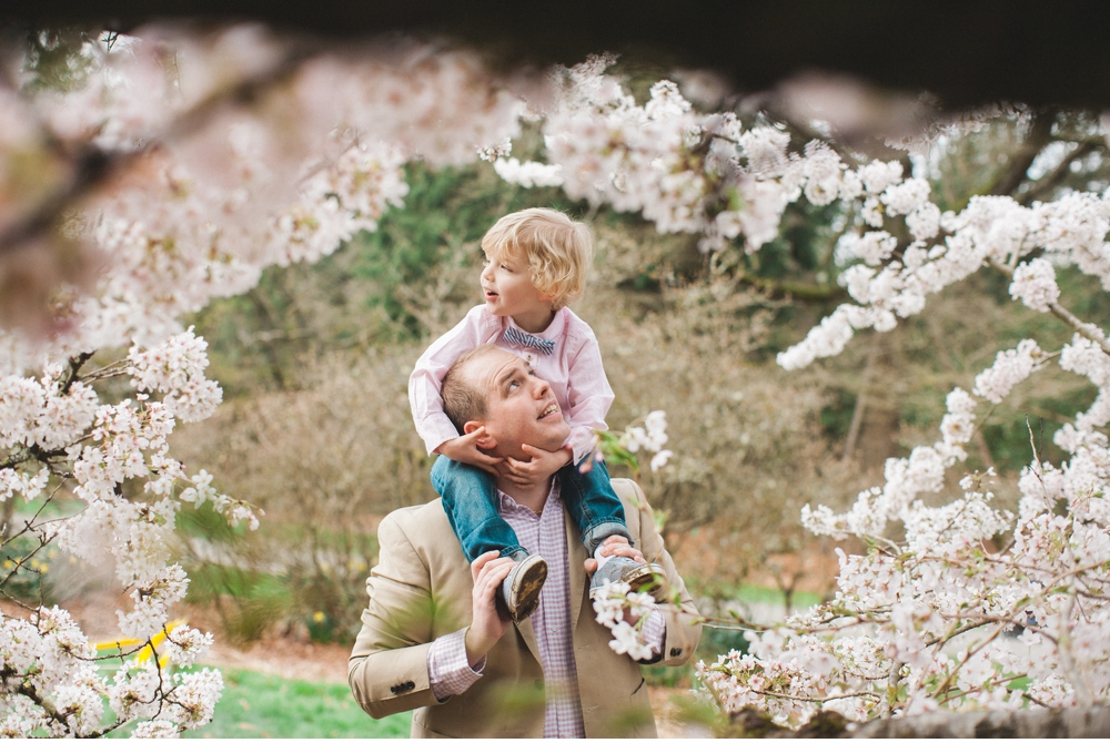 spring_Family_Lifestyle_Portrait_Session_Seattle_Arboretum_cherry_blossoms 38.jpg