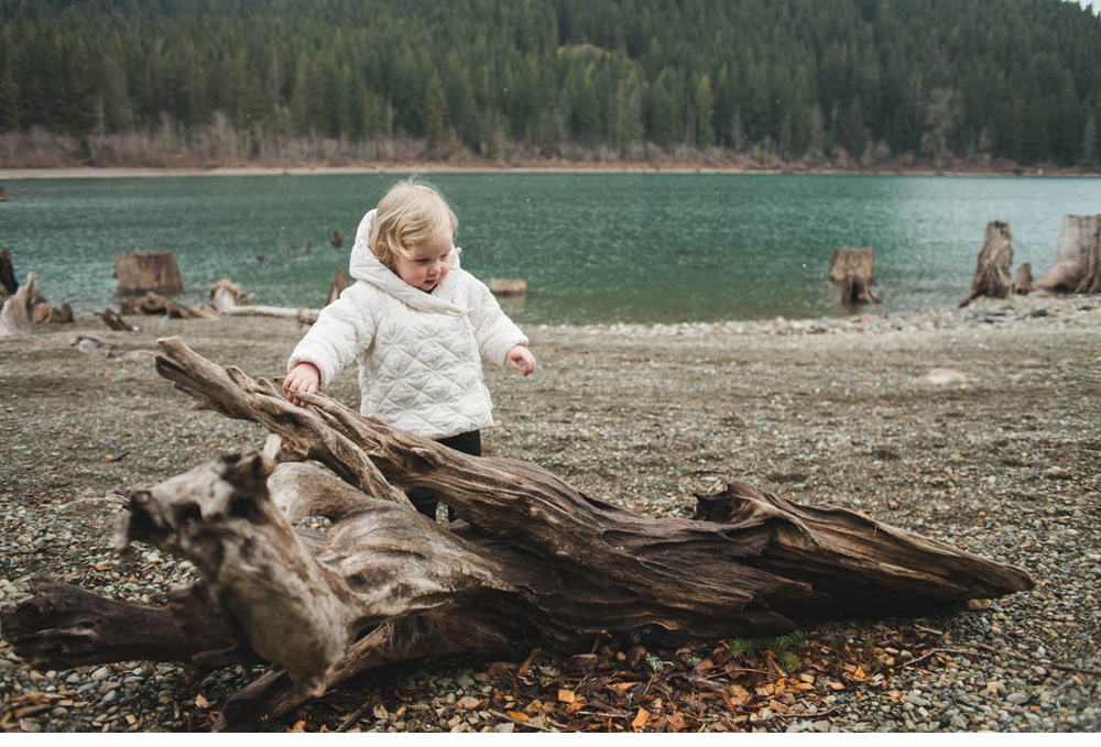 Mother_daughter_session_rattlesnake_lake 3.jpg