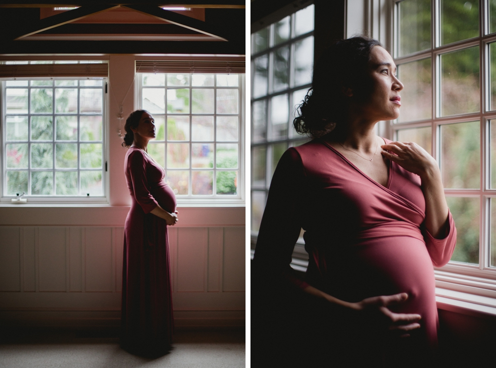 winter_in_door_moody_maternity_photographer 6.jpg