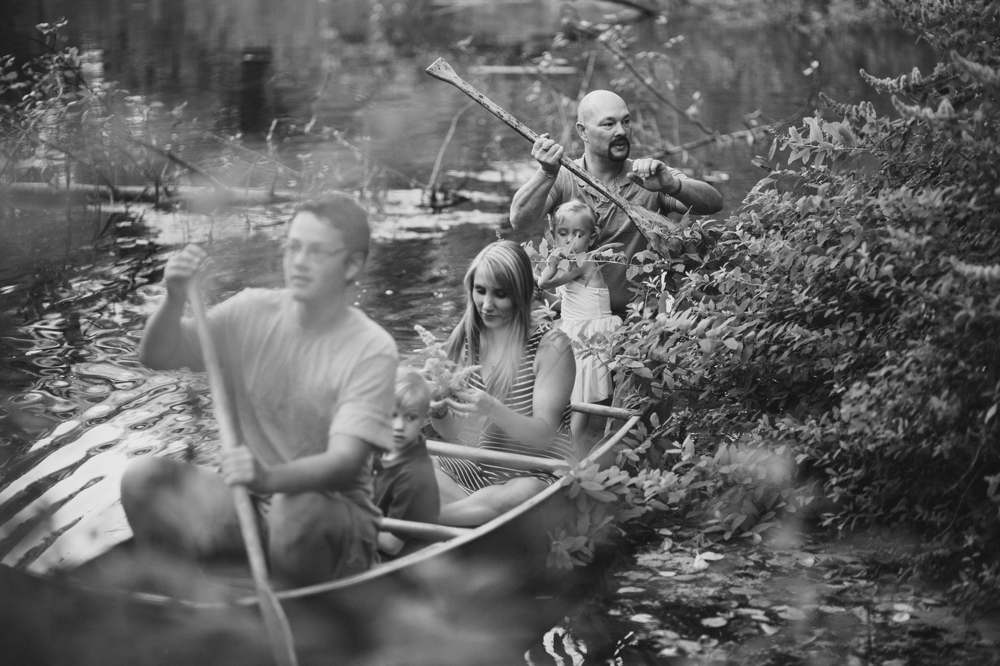 family_lifestyle_photographer_campfire_and_canoe 18.jpg