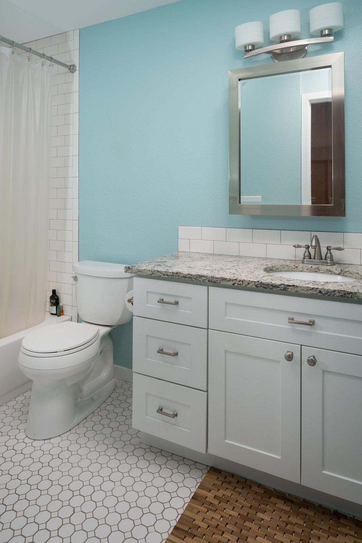 Birchwood-bathroom.jpg
