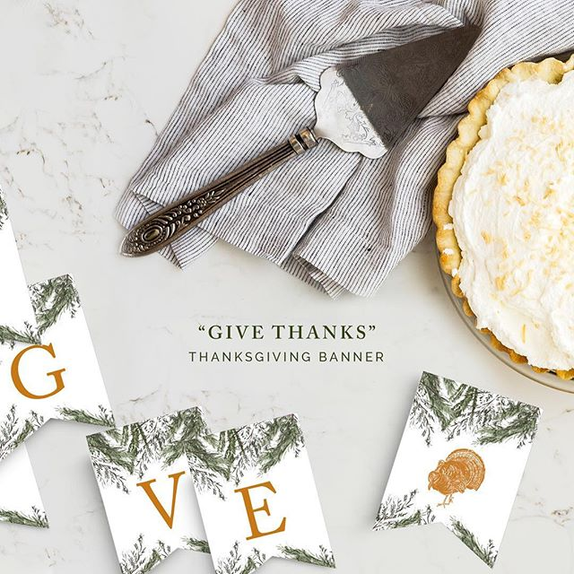 Holiday banners are one of my favorite things to create! I feel it adds a personal touch to any holiday decor...and it's a free printable! Look for it on the blog! 🦃