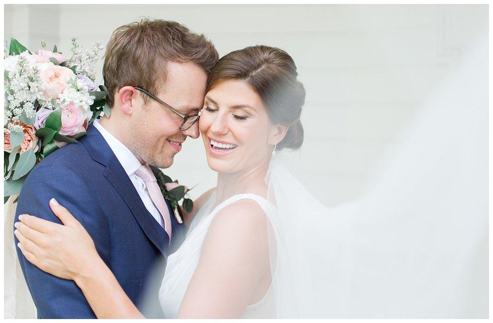 granville-inn-columbus-wedding-spring_0036.jpg