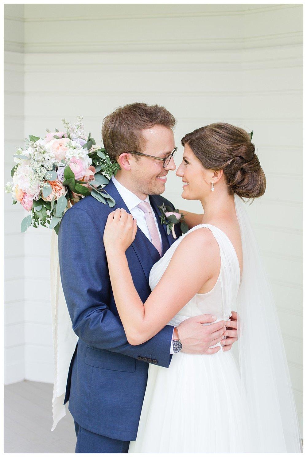 granville-inn-columbus-wedding-spring_0049.jpg
