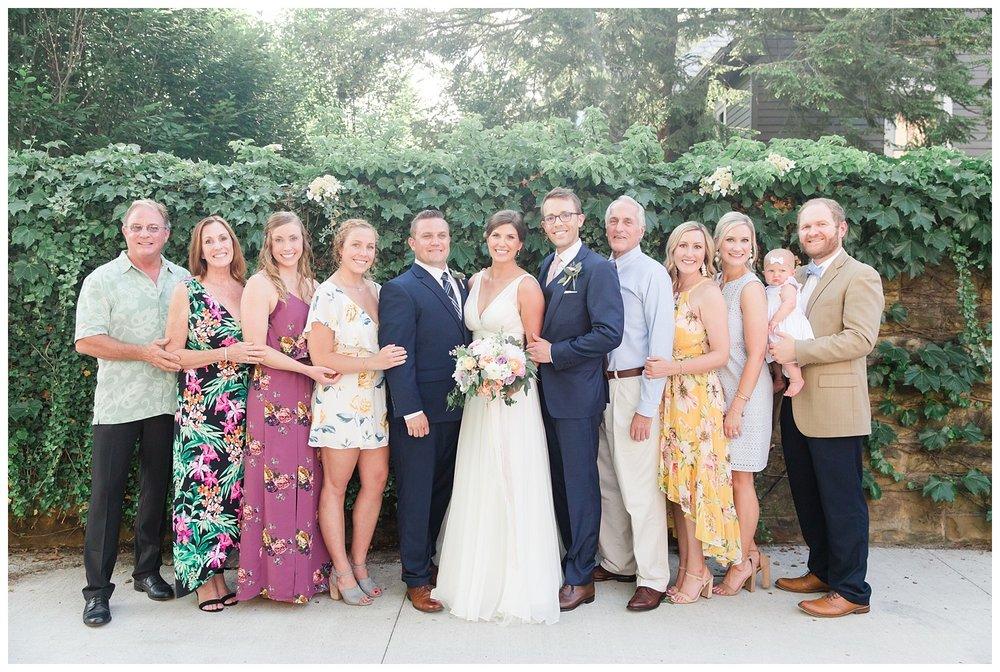 granville-inn-columbus-wedding-spring_0090.jpg