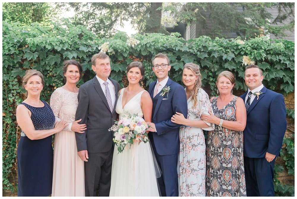 granville-inn-columbus-wedding-spring_0091.jpg