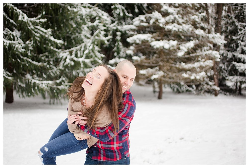 columbus-winter-engagement-photos_0036.jpg
