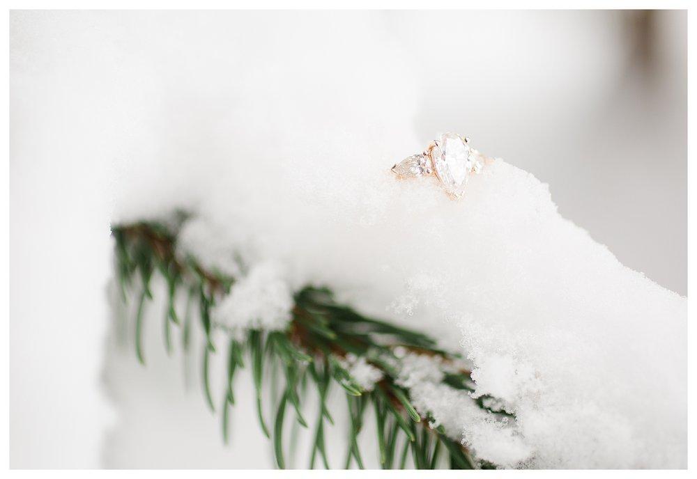 columbus-winter-engagement-photos_0039.jpg