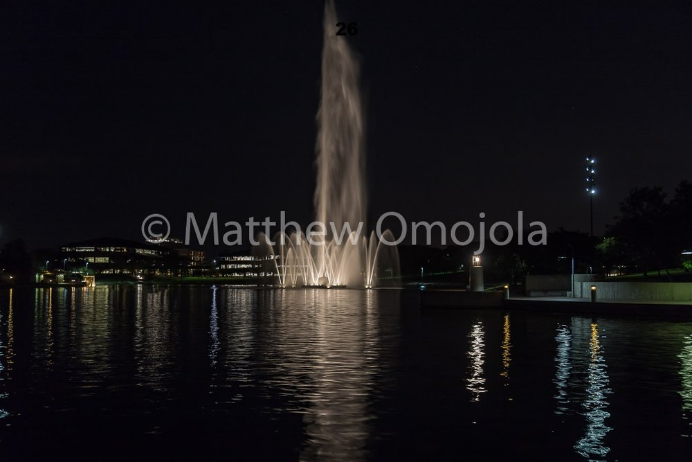 IMG_6875_Fountain_Heartland_Park_of_America_at_night_Omaha_NE.jpg