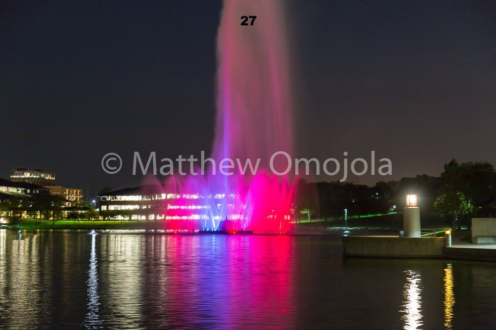 IMG_6876_Fountain_Heartland_Park_of_America_at_night_Omaha_NE.jpg