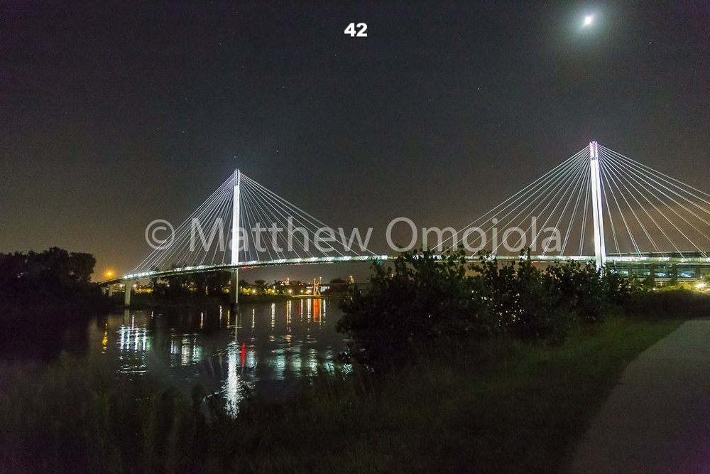 IMG_6914_Bob_Kerrey_Foot_bridge_Omaha_NE.jpg