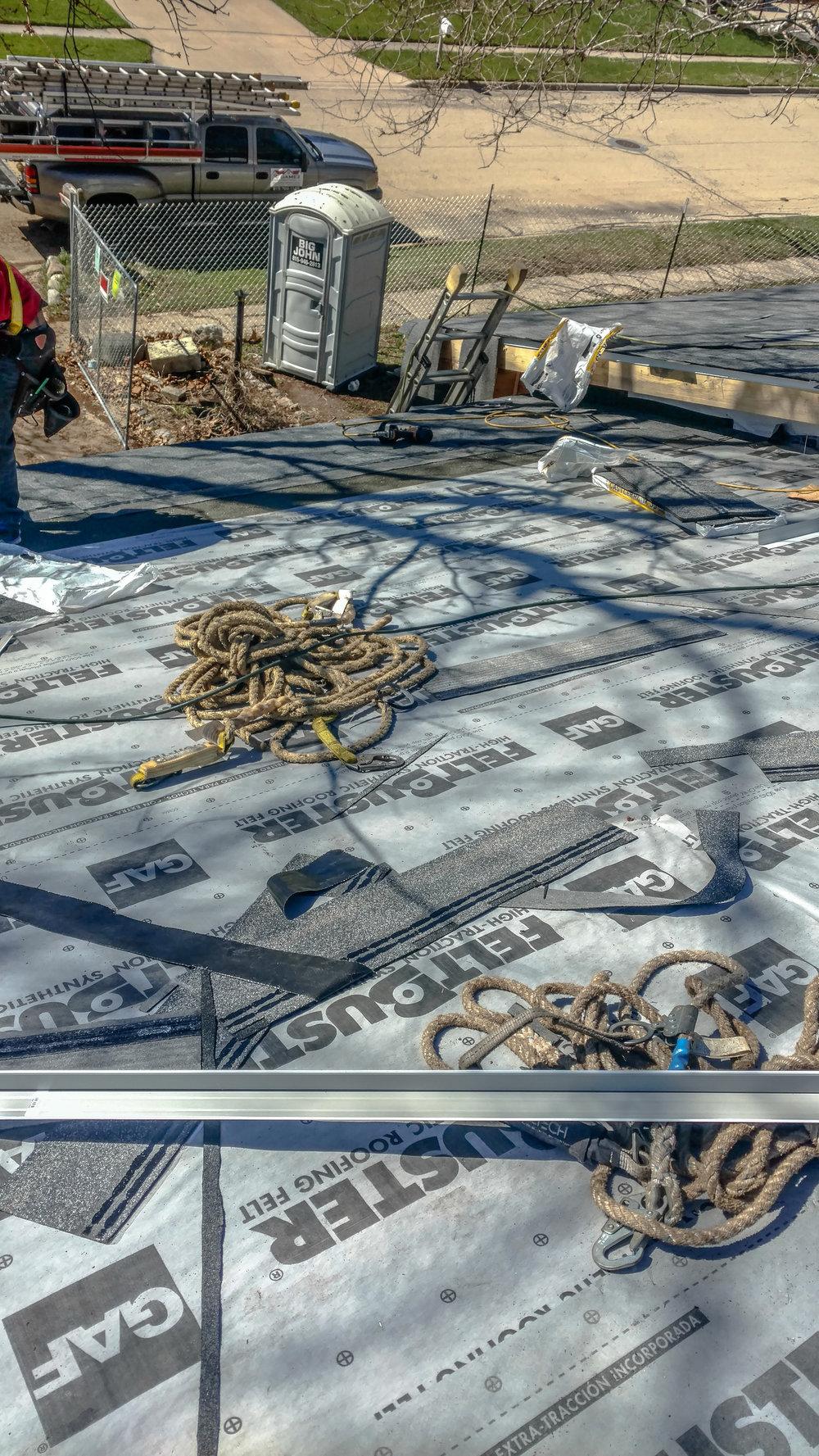 Gamez Construction Roofing-00002.jpg