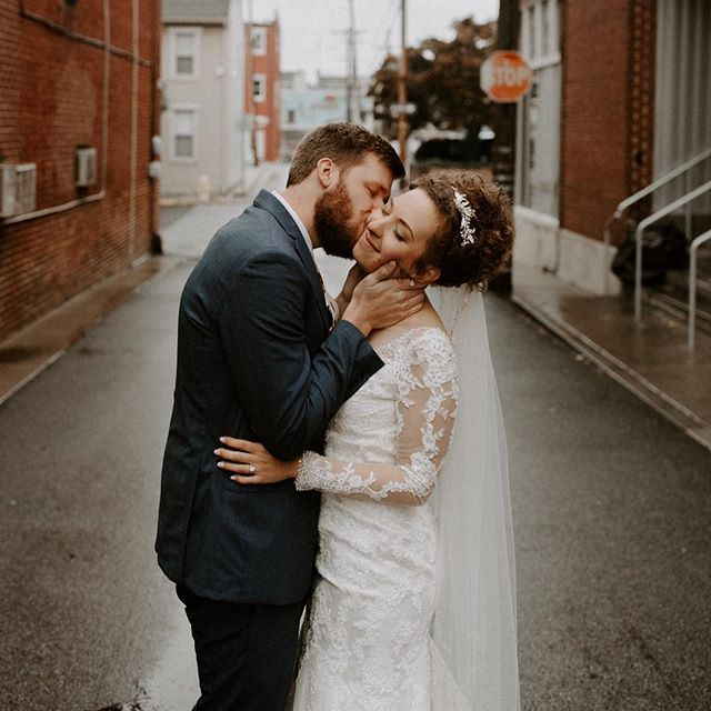 Finishing up this gorgeous wedding today and couldn't help but share a few more little peeks 😍😍 sorry not sorry y'all, happy Saturday!!! • • •  #destinationweddingphotographer #wanderingphotographers #adventurouslovestories #radlovestories #belovedstories #weddinginspo #lookslikefilmweddings #instabride #featuremeoncewed #forahappymoment #intimatewedding #weddingdress #weddinginspiration #weddingideas #weddingphotographer #loveauthentic #bohobride