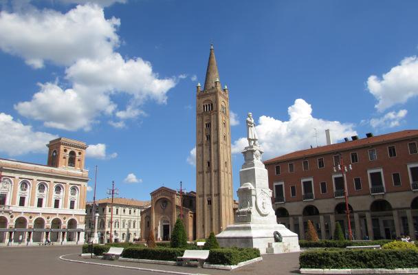 piazzasaffiimg_1926.jpg
