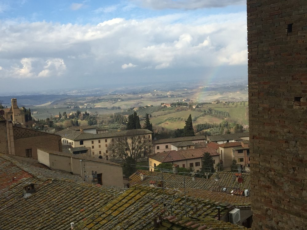 Rainbow over the Tuscan countryside.JPG