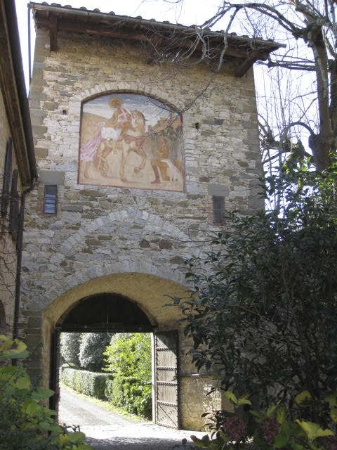 Frescoes on the gate tower of Castllo Montalto