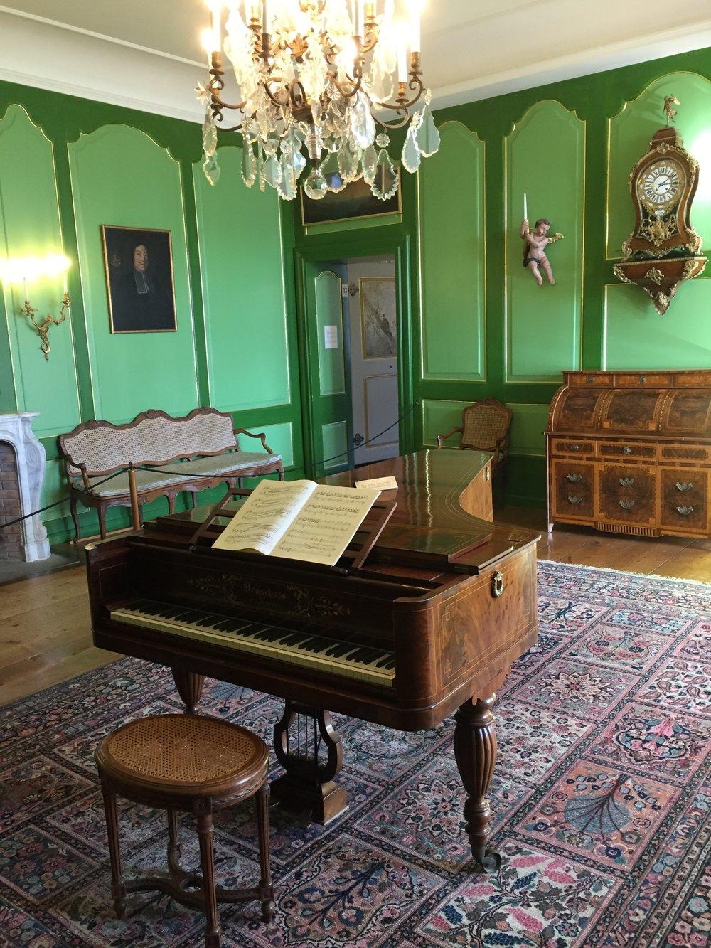 The music salon in the castle