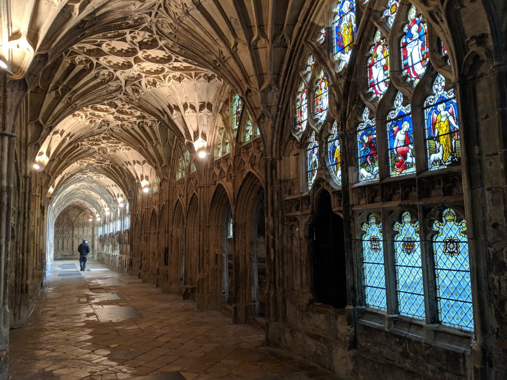 Gloucester Cathedral.jpg