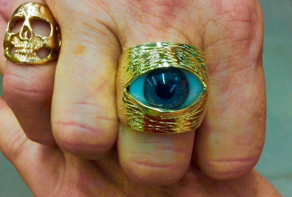 George Soros's ring.