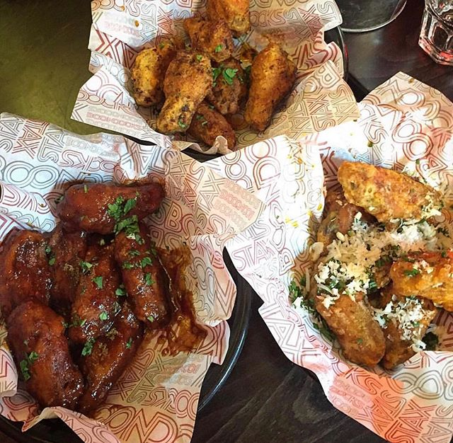 WHAT TIME IS IT?! #WINGTUESDAY !!! 🙌 #unlimitedwings for only £15 per person! Do you dare? 😋  Photo credit: @halal_foodie