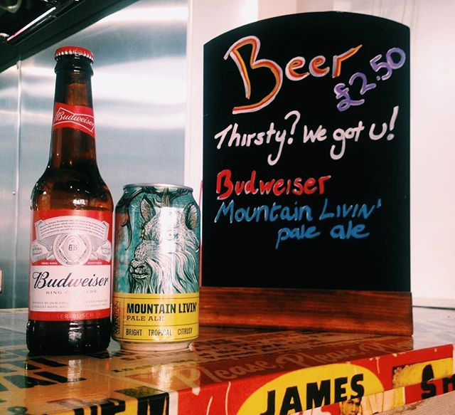 Get through your hump day with our #beerspecial ! Only £2.50 per bottle/can! 🙌 #thirstquencher