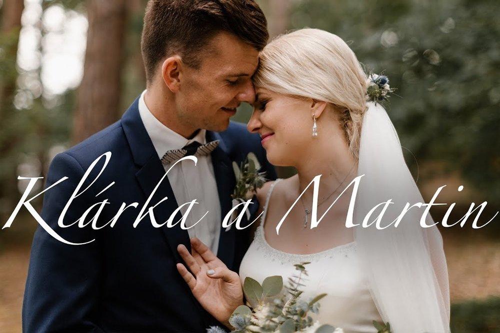 NATÁČÍM SVATEBNÍ VIDEA, převážně jako autentické momenty ze svatby, které nejsou nijak strojené a zachycují emoce z jednoho z nejdůležitějších dnů života. -