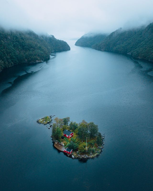 Norway is one of my favorite locations for photography. Such a diverse place with A LOT of nature elements combining in epic landscapes. Sometimes it combines perfectly even with human elements without any harm. Like this cabin. I was hooked from the first view. We had to stop, and I was flying my drone even during the rain to get this shot. The moody rain and the beauty little red cabin made it perfect for me. I wanted to paddle my way to the mini island and ask people if I can live here. I would love to! Would you? #norge #norway #voyaged ⠀⠀⠀⠀⠀⠀⠀⠀⠀ .⠀⠀⠀⠀⠀⠀⠀⠀⠀ .⠀⠀⠀⠀⠀⠀⠀⠀⠀ .⠀⠀⠀⠀⠀⠀⠀⠀⠀ .⠀⠀⠀⠀⠀⠀⠀⠀⠀ .⠀⠀⠀⠀⠀⠀⠀⠀⠀ #mymavic #awesome_earthpix #collectivelycreate #exploretocreate #livefolk #beautifuldestinations #iglifecz #folkcreative #exklusive_shot #AGameOfTones #igerscz #discoverglobe #QueekyGrams #ourplanetdaily #adventureculture #welivetoexplore #stayandwander #dnescestujem #droneofficial #droneoftheday #dronesdaily #dji #fromwhereidrone #earthofficial #natgeo #MavicPro @beautifuldestinations @roamtheplanet @earthofficial @earthpix @liveoutdoor.s @awesome.earth @djiglobal @dronestagr.am @droneoftheday @droneofficial @earthstoke @livefolk @vzcomood @artofvisuals @majestic_earth_ @welivetoexplore @lastingvisuals @theglobewanderer @awesomeglobe @ourplanetdaily