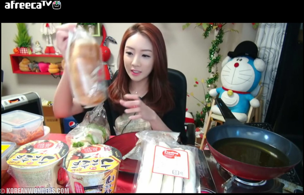 mukbang-female.jpg