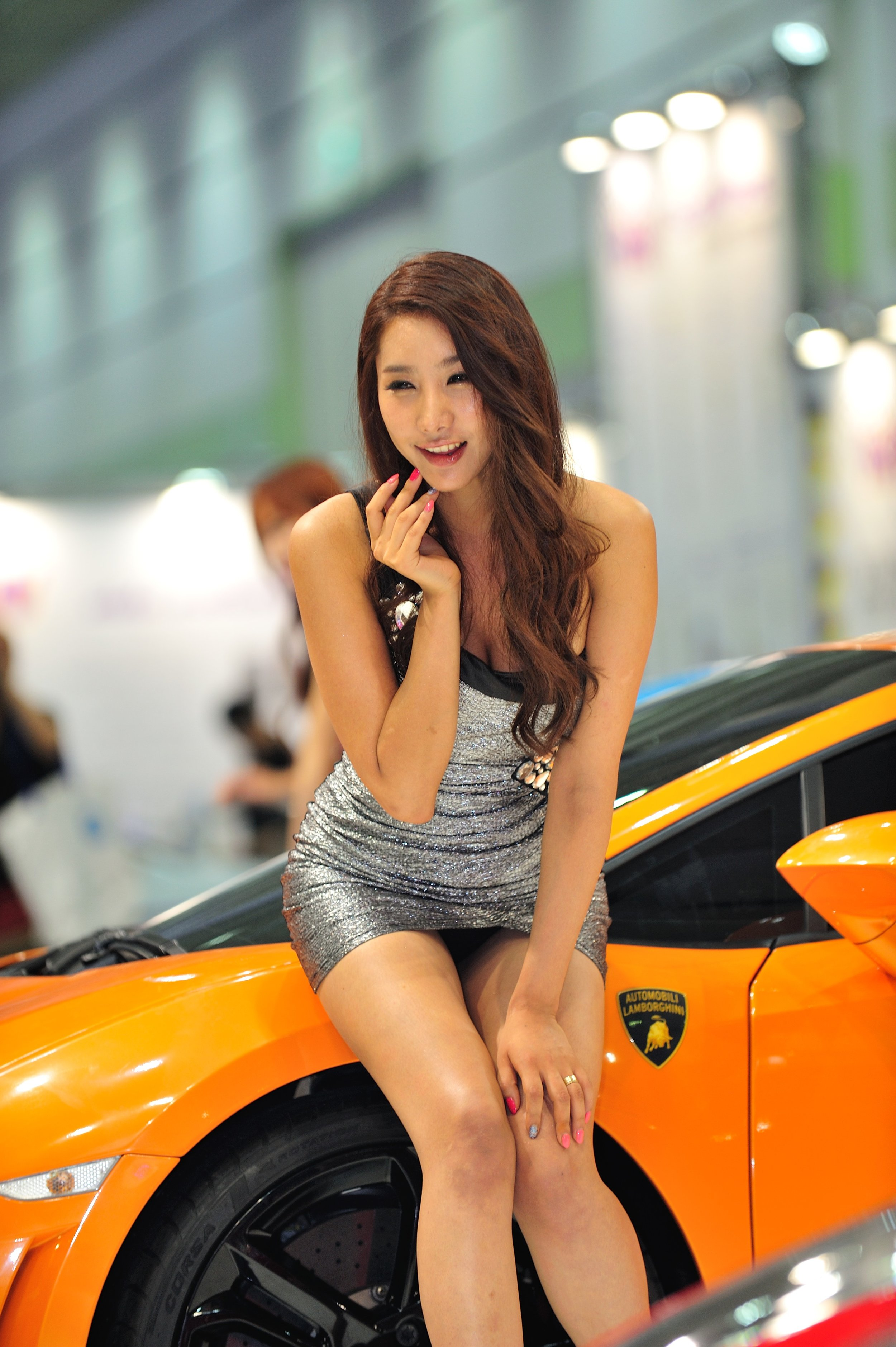 asian-car-show-models-flirting-young-girls-sexy-legs-sex-movies