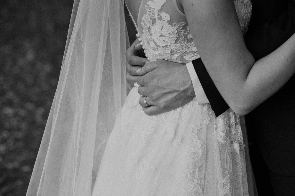CarolynnSeibertPhotography--Josh&BridgetWeddingIMG_2649.jpg