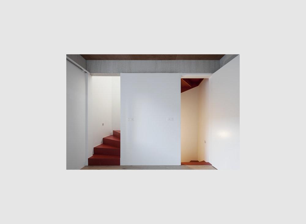 cross foto staircase-01.jpg