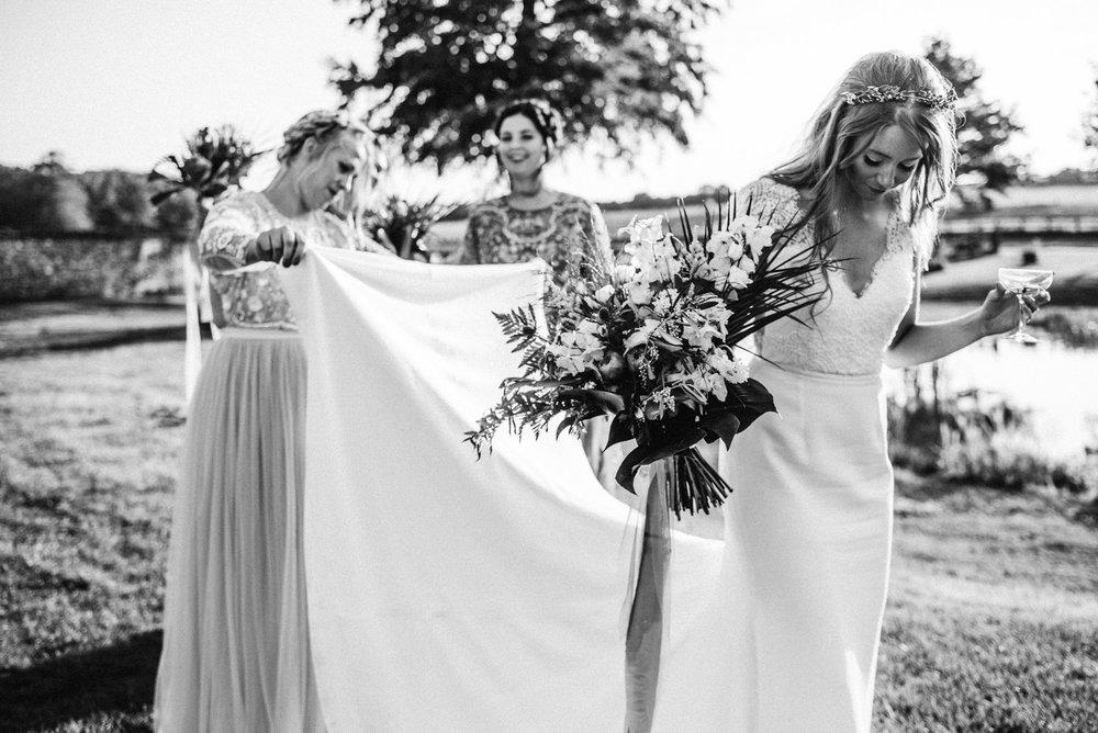 cambridgeshire wedding photographer-33.jpg