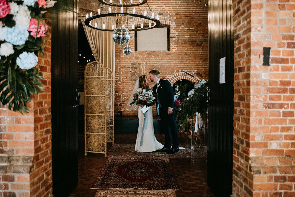 cambridgeshire wedding photographer-20.jpg