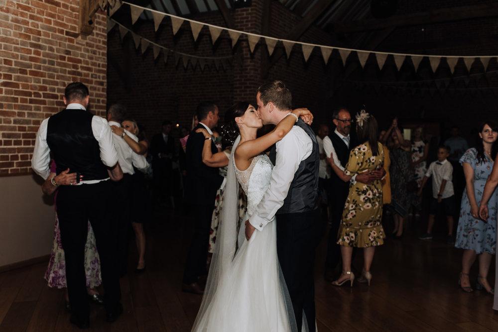 cambridge wedding photographer-63.jpg