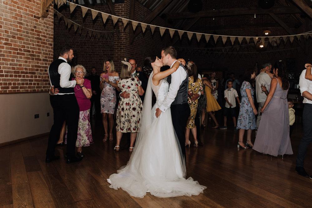 cambridge wedding photographer-64.jpg