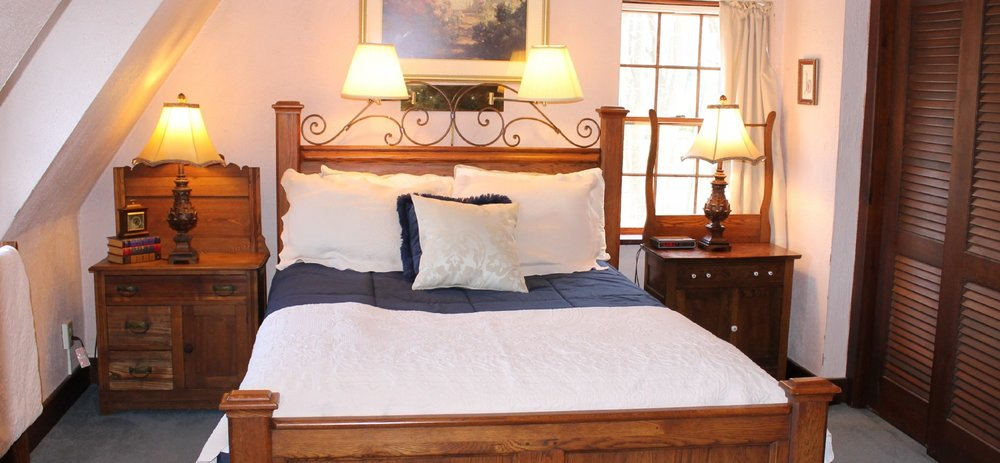 Room One - Is located on the second floor and overlooks the Delaware River.  Room 1 has a queen size bed, flat screen TV, antique furnishes, and a private bath with a shower/tub combination. WiFi