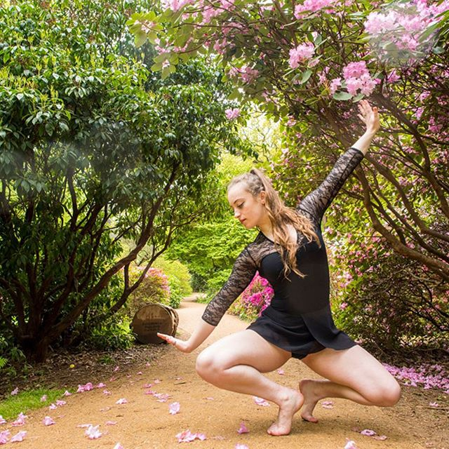 Beauty In Strength - Dance Sequence  Isabella Plantation Richmond Park  @elliewilson_k  #richmondpark #london #floraandfauna #rhododendrons #englishsummer #beautyinstrength #dance #dancer #outdoorphotography #locationphotography