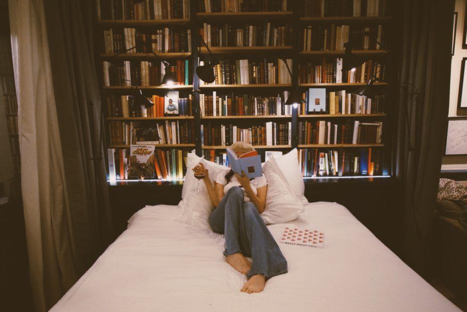 paris-bookshop1-930x622.jpg