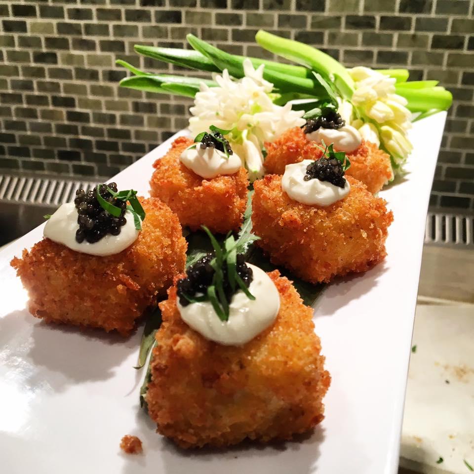 Mac n Cheese Bites - creme fraiche - caviar