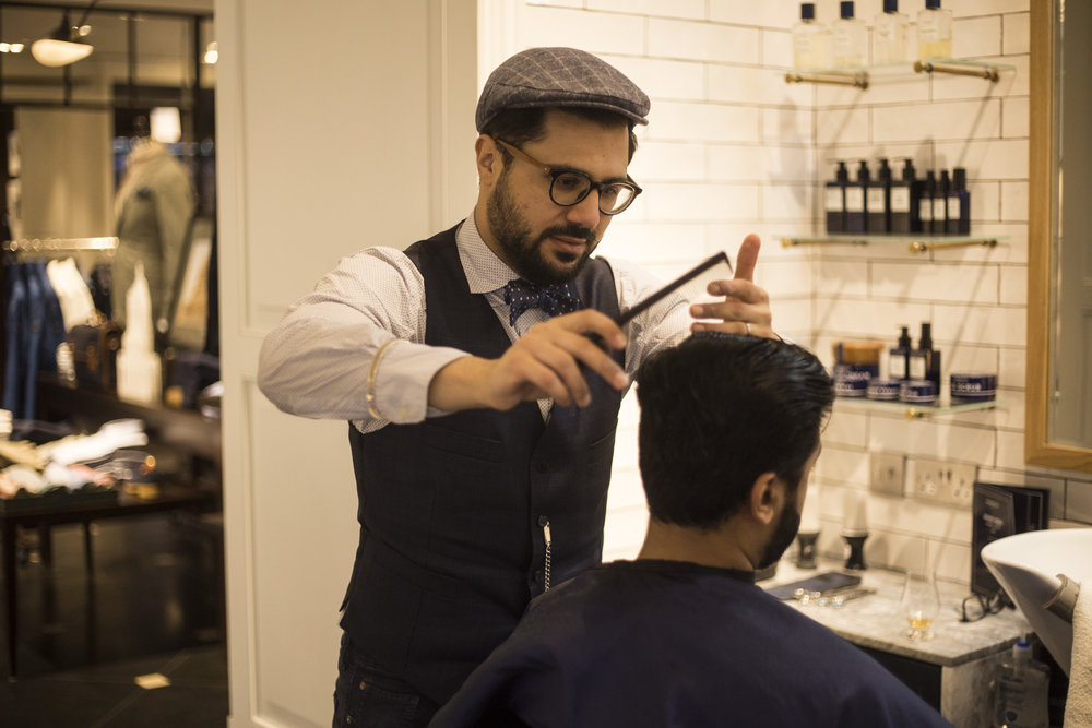 Murdock Head Barber, Anthony Komodikis, styles blogger, Singh Gentry at The Old Broad Street location.