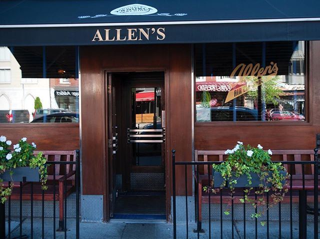 Allen's on The Danforth