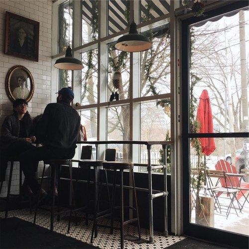 Rooster Coffee House by @keeeyanuh
