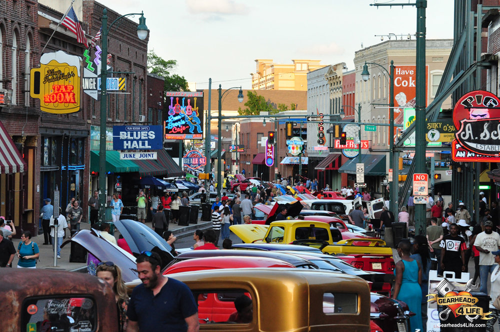 hot rods on beale 2.jpg