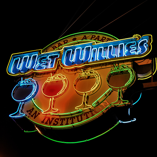 209 Beale St    Wet Willies    Learn More