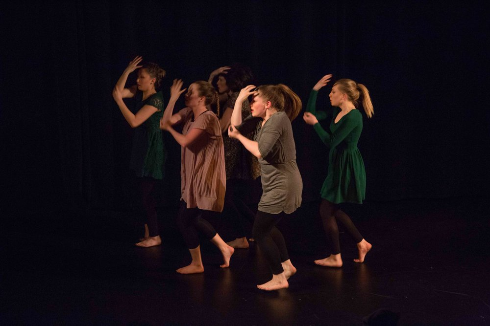 Bez-Arts-Hub-Langley-BC-still-words-dance-show-14.jpg